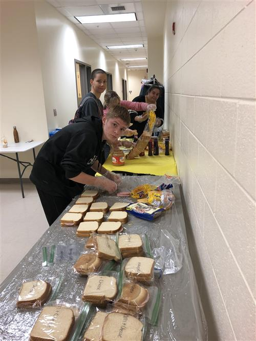 Southern Middle Students and Staff make sandwiches
