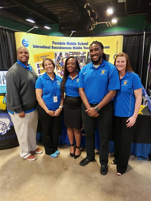 The administrative team picture at the Magnet Showcase 2020 event