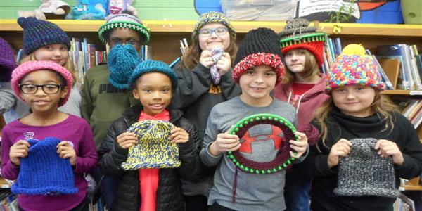 Students Knit Hats for Community Shelter
